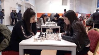 Hakkâri'de 'satranç il birinciliği' müsabakası