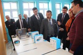 """Yüksekova'da """"İnovasyon ve Sosyal Kalkınma Kuluçkaları"""" projesi"""