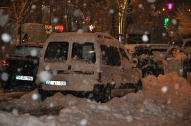 Yüksekova'da kar