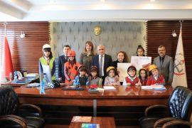 Hakkari'de 'İş Sağlığı ve Güvenliği Haftası' etkinlikleri