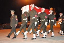 Pençe Harekatı şehitleri Yüksekova'da törenle memleketlerine uğurlandı