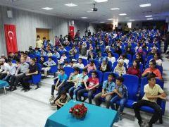 Hakkari'den gençlik ile iletişim konferansı düzenlendi