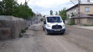 Yüksekova Belediyesinden ilaçlama çalışması