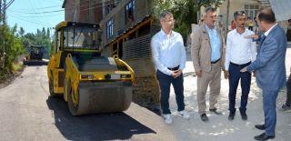 Başkan Karaman asfalt çalışmalarını denetledi