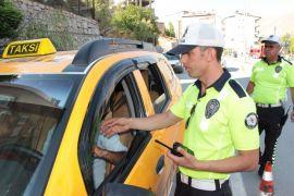 Hakkari'de taksimetre denetimi yapıldı