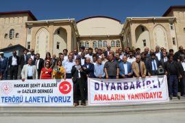 Hakkari'den Diyarbakır'daki annelere destek