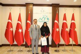 Hakkari'nin tek kadın muhtardan Vali Akbıyık'a ziyaret