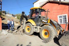 Hakkari Belediyesinden asfalt çalışması