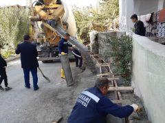 Hakkari'deki su tahliye kanallarında çalışma