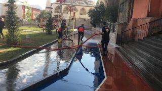 Kent Park tazyikli suyla yıkandı