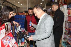 Vali Akbıyık'tan alışveriş merkezine ziyaret
