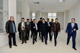 Vali Akbıyık, İŞGEM binasında incelemelerde bulundu