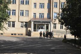 Yüksekova Belediyesine operasyon