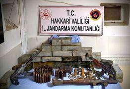 Derecik kırsalında silah ve mühimmat ele geçirildi