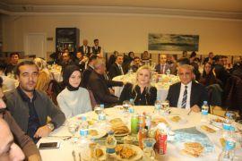 Hakkari'de öğretmenler onuruna yemek verildi