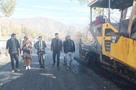 Vali Yardımcısı Duruk, asfalt çalışmalarını denetledi