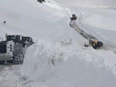 Hakkari'de 21 köy ve 67 mezra yolu ulaşıma kapandı
