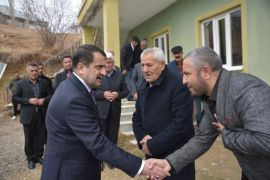 Yüksekova'daki husumetli aileler barıştırıldı