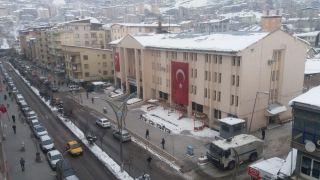 Dondurucu soğuklar vatandaşı eve kapattı