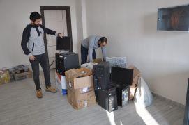 Yargıtay'dan Yüksekova'daki okula bilgisayar desteği