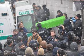 Yüksekova'da kaybolan şahsın cesedi torbaya konulmuş halde bulundu