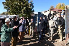 Vali Akbıyık, sınırda taziye ziyaretinde bulundu