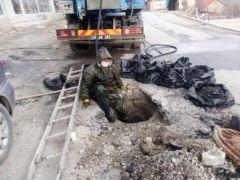 Kanalizasyon işçilerinin fedakâr çalışması