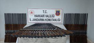 Yüksekova'da 100 adet av tüfeği ele geçirildi