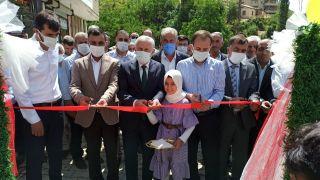 Hakkari AK Parti heyeti Kur'an kursu açılışına katıldı