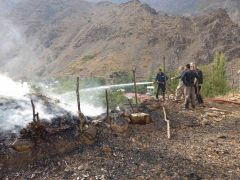 Hakkari'de 480 bağ ot yandı