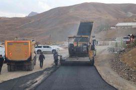 Hakkari'de asfalt çalışması